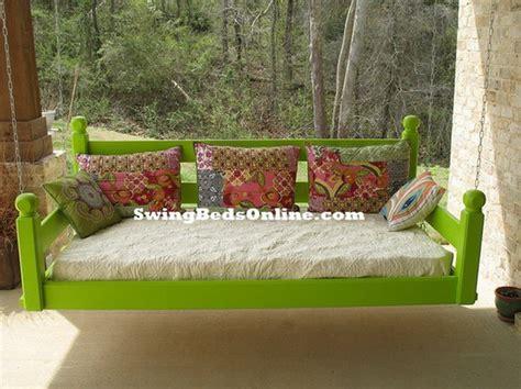 swing beds definition подвесные диван качели полный релакс на веранде 50 фото