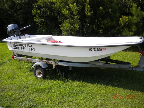 skiff boat pictures j14 carolina skiff yamaha f20 2009 new pictures the