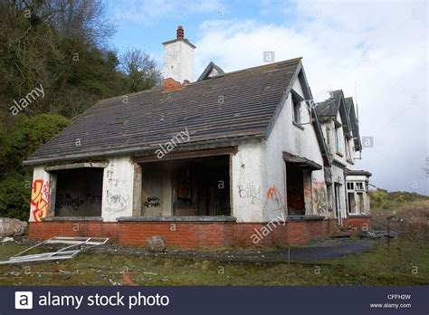 houses to buy in northern ireland abandoned derelict repossessed property belfast northern ireland uk stock photo