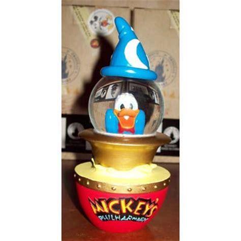 Disney Snow Globe   Donald Duck   Mickey's PhilharMagic