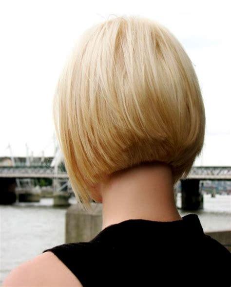 show the back view of short hair longer in front стрижка боб модные тенденции история фото подбор