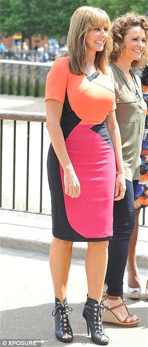 carol vorderman shows  fabulous figure   heads