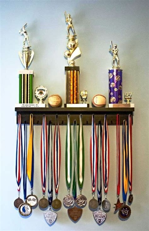 Runners Medal Display Rack by 154 Best Images About Ty On