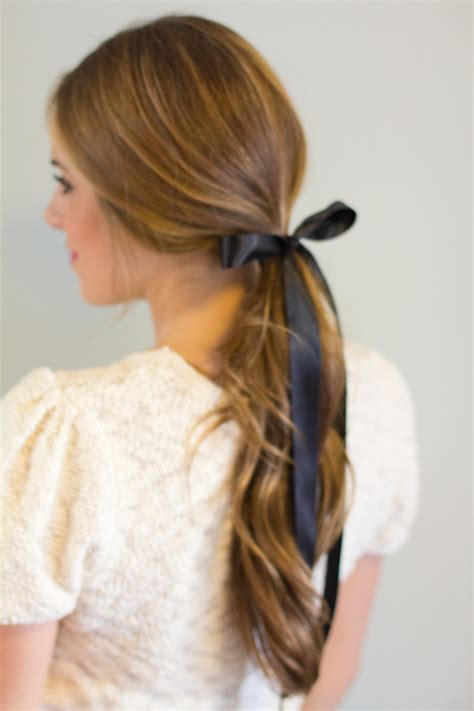 8 Ways To Wear Bows by 3 Ways To Wear A Bow Gal Meets Glam