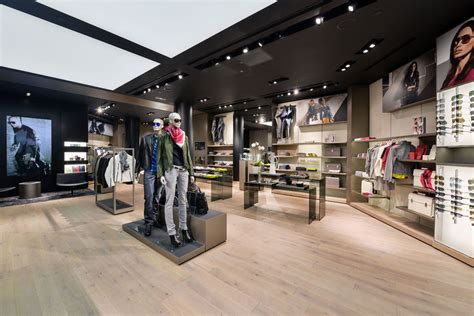 porsche design store new porsche design store in hong kong extravaganzi