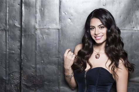 izzy televisin hottest woman 12 31 15 emeraude toubia shadowhunters