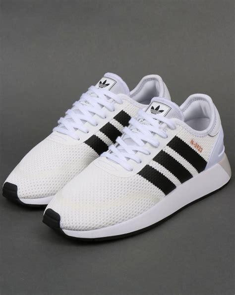 Sepatu Adidas N 5923 adidas n 5923 trainers white black iniki runner 70s shoes
