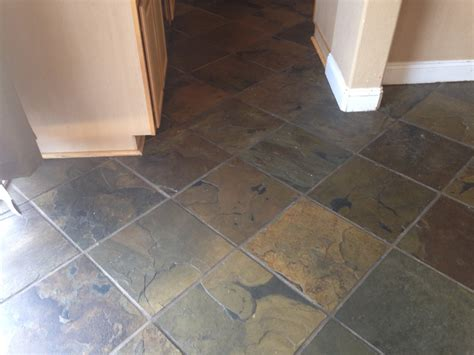 Which Flooring Is Easier To Install Plank Vinyl Or Tile - unbiased luxury vinyl plank flooring review cutesy crafts