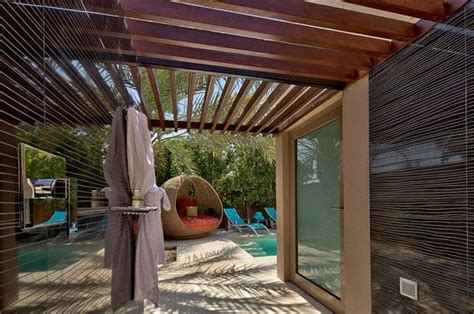 shower outdoors dubai 301 moved permanently
