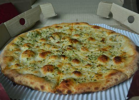 garlic bread pizza www imgkid com the image kid has it