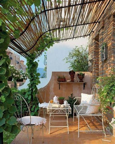 bamboo fence ideas  outdoor privacy unique balcony