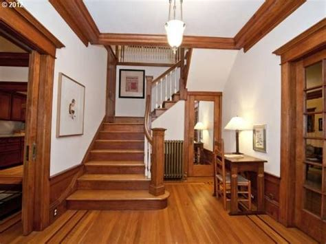 craftsman style woodwork mission style wainscoting woodworking projects plans
