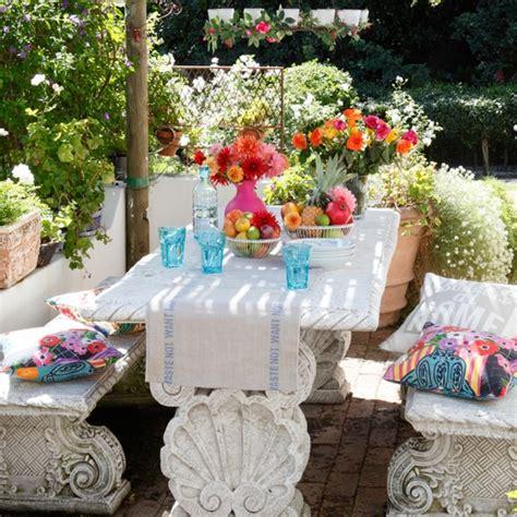 Pretty Garden Ideas Pretty Garden Dining Area Artist Inspired Decorating Ideas Housetohome Co Uk