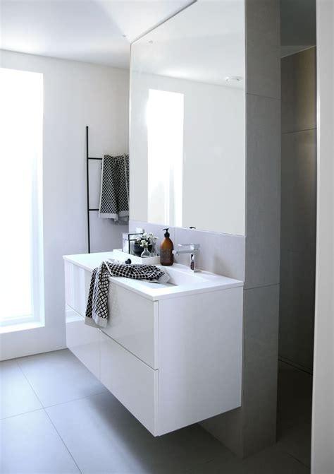 Salle De Bain Combles 735 by Bathroom Design Furniture And Decorating Ideas Http