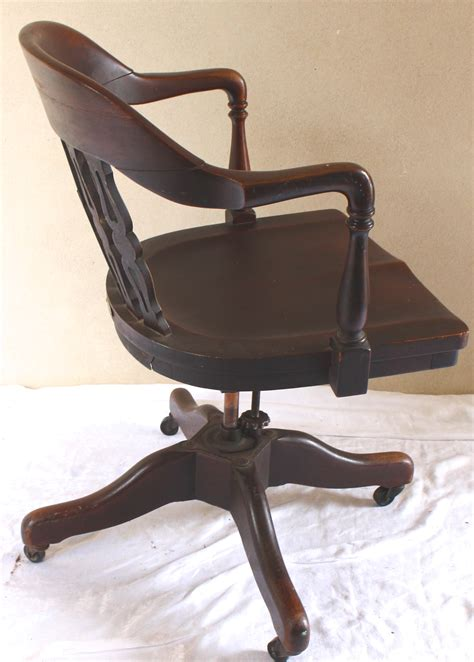 Antique Swivel Desk Chair by Antique Rotating Swivel Desk Chair Vintage American Home