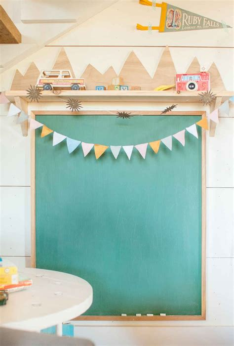 diy chalkboard shelf diy shelf and chalkboard ikea decora