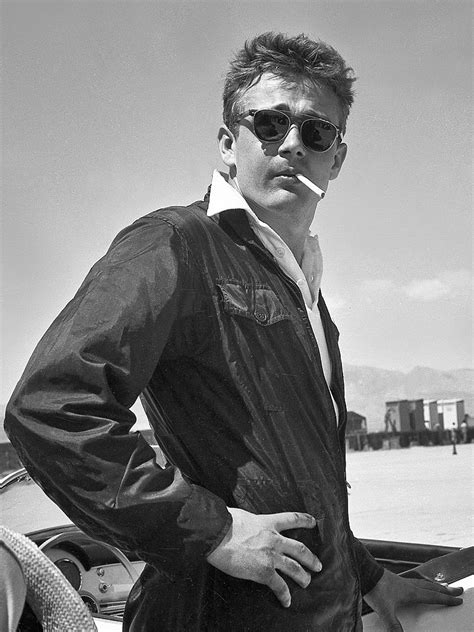 James Dean at His First Car Race: PHOTO   James Dean