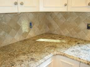 travertine tile backsplash travertine tile kitchen backsplash
