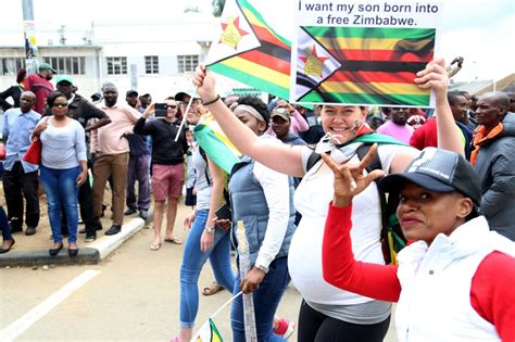 scenes  harare  people  joined  zimbabwe