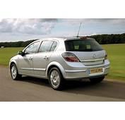 Vauxhall Astra 16 Life  Subaru Impreza Vs Rivals Auto