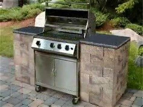 Backyard Bbq Enclosure How To Build A Bbq Grilling Station Or Grill Surround