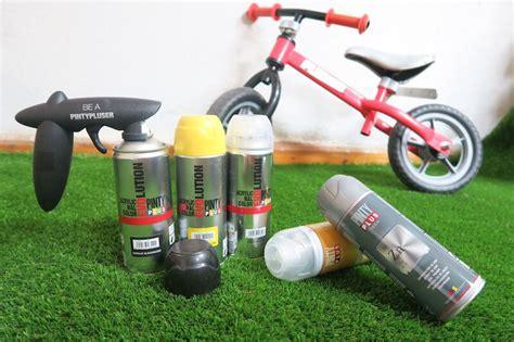 spray painting dirt bike plastics how to spray paint a batman bike novasol
