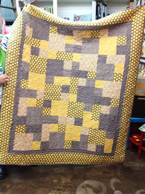 Yellow Quilt Gray And Yellow Quilt Quilting