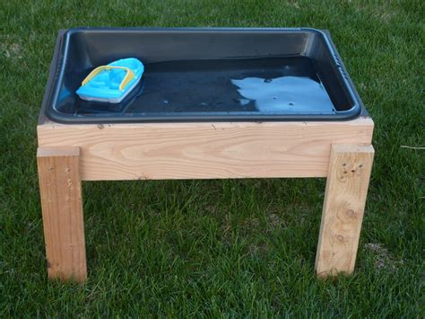 Water Table the inspiration thief diy water table