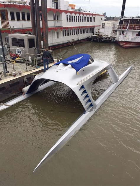 st katharine docks boat show 2017 livett s deliver glider and iguana yachts to river thames