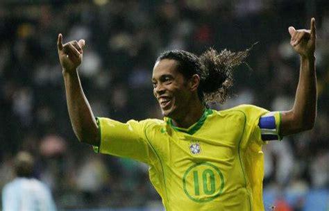 best of ronaldinho 7 known facts about brazil legend ronaldinho