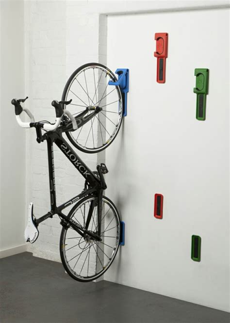 coole spiele f r zuhause fahrradhalter 40 moderne und praktische ideen