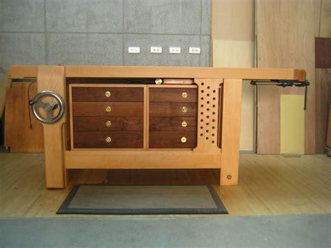 hybrid woodworking tim s hybrid roubo workbench finewoodworking