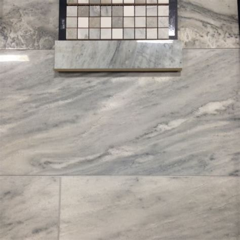 looks like marble really porcelain tile in this bathroom porcelain tile that looks like marble venato and helios
