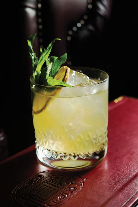 whiskey smash here s 4 whiskey cocktails australianbartender au