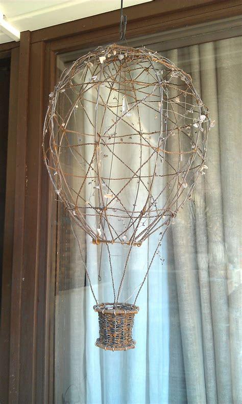hot air balloon    wire montgolfier balloon