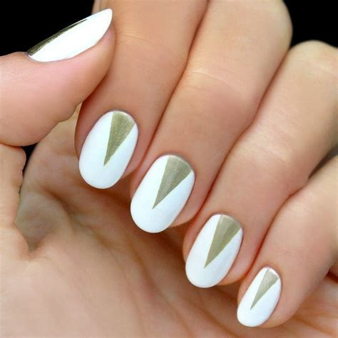 Modele Deco Ongle Simple by D 233 Co Ongles Pour La Soir 233 E De Nouvel An En 46 Images