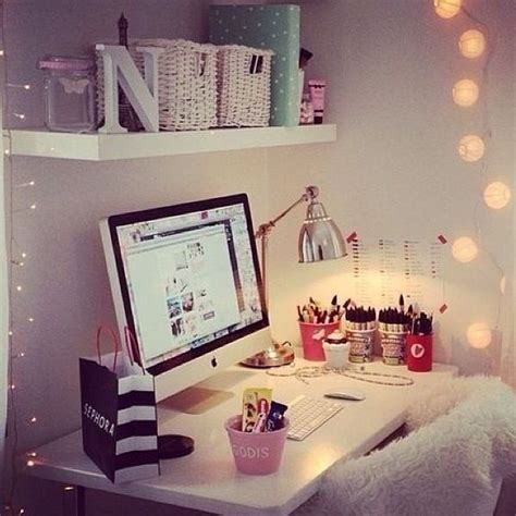Small Desk Area Ideas Desk Area Apartment Bedroom Ideas Diy Bedroom And Stuff