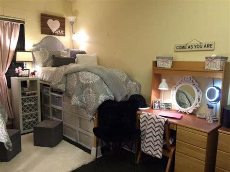 single room decoration oltre 1000 idee su camere singole di dormitorio su