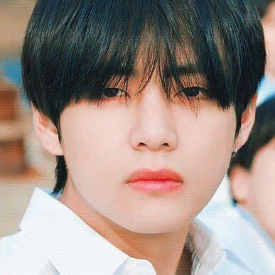 kim taehyung black hair kim black hair taehyung kim taehyung amino