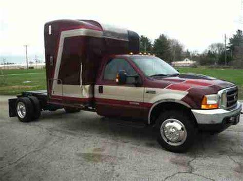 Truck Bed Sleeper Cers by Find Used 2004 Ford F 550 Powerstroke Diesel Sleeper