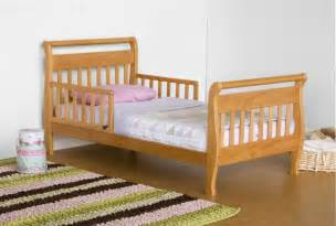 Crib Mattress Vs Toddler Mattress Toddler Bed Vs Bed Toddlerlogic Org Beds For Boys