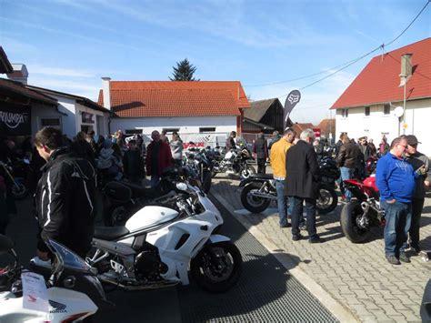 Motorrad Bayer In Niederrieden by Traumhafter Start In Die Bikesaison Motorrad Bayer