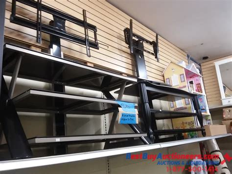 Retail Store Furniture by Retail Store Furniture Clothing Store Fixtures