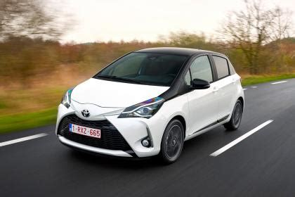 new toyota yaris 2017 review | auto express