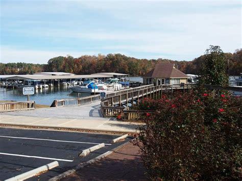 boat service lake wylie harbortowne marina lake wylie sc
