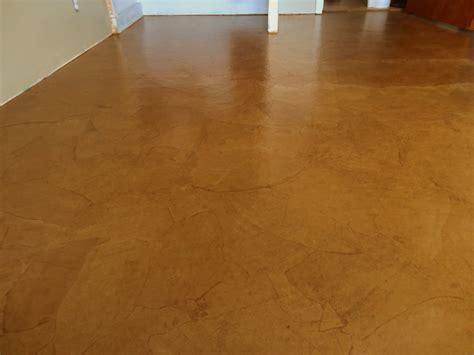 Brown Floor Live N Learn Farm Leather Floor