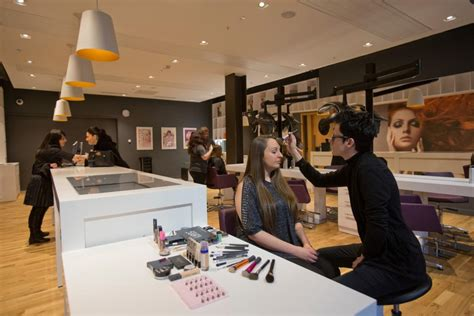 hairdresser jobs glasgow hair beauty salon city of glasgow facilities