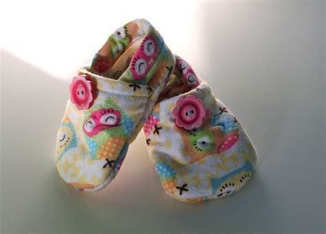 diy baby shoes thatssewnina my favorite diy baby gift part 3 cloth