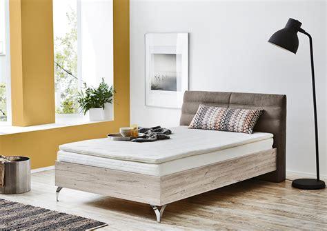 günstige matratzen 120x200 kleines schlafzimmer in weiss