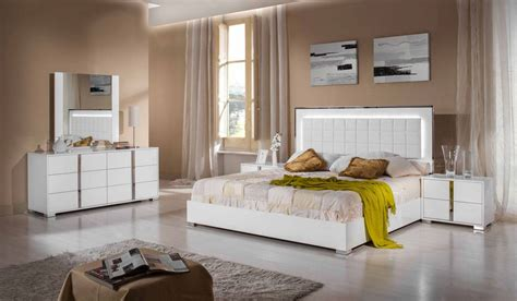 made in italy wood platform bedroom sets feat light made in italy wood high end bedroom furniture feat light